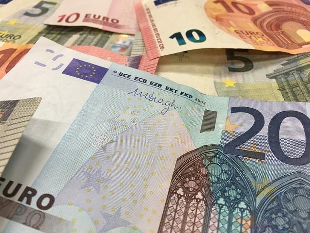 eura bankovky.jpg